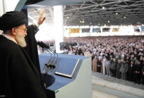 دلیل غیبت طولانی رهبری در نماز جمعه