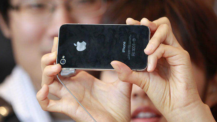 شکایت ۶۰ هزار نفری علیه شرکت اپل!