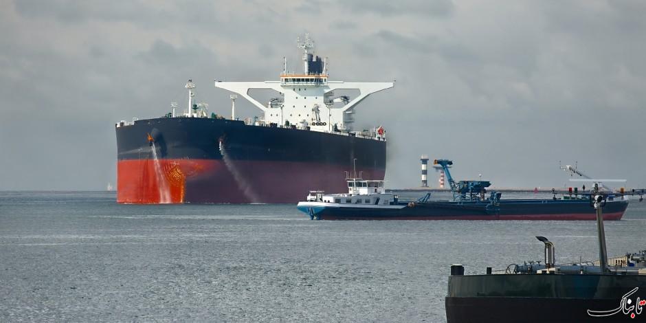 کاهش قیمت نفت با احتمال افزایش موجودی نفت آمریکا