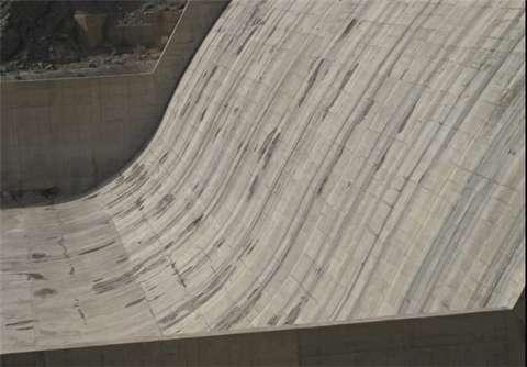 وضعیت سد میناب در پی وقوع خشکسالی