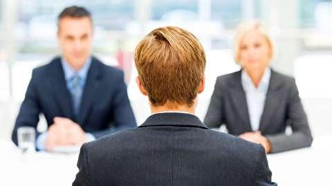چگونه به هر شغلی که میخواهیم دست یابیم؟
