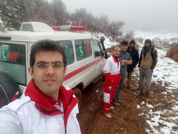 نجات 2 جوان گرفتار در ارتفاعات اوپرت