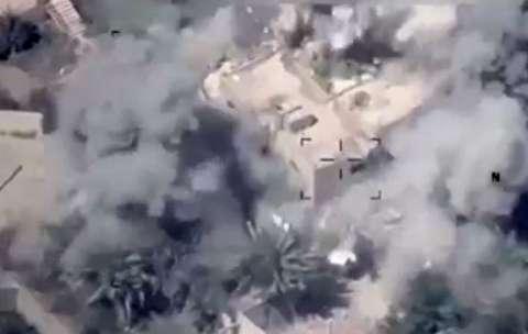لحظه هدف قرار دادن مقر داعش در سوریه