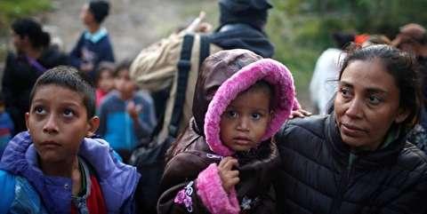 رفتار وحشیانه مأموران آمریکایی با کودکان پناهجو