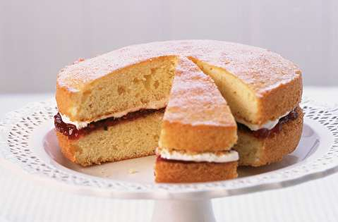 دستور پخت کیک اسفنجی ویکتوریا