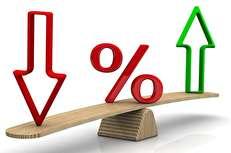 نرخ سود بانکی در ایران، بالاتر از سایر کشورهاست/ نرخ سود صفر هم شود، سپردههای بانکی جایی ندارند که بروند/ ادغام بانکهایی با زیان انباشته ۷۰ هزار میلیارد تومانی وحشت آفرینتر از موضوع کاهش نرخ سود است
