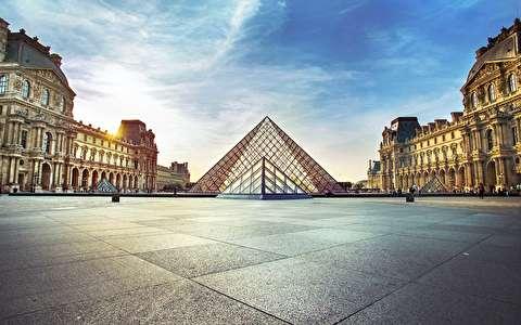 پیاده روی در پاریس