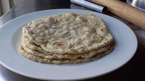 طرز تهیه نان کوهستانی لبنانی