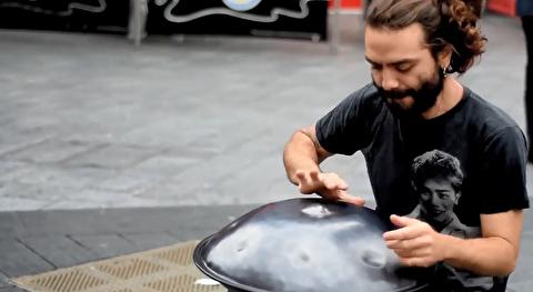 اجرای هنگ سولو در خیابانهای لندن