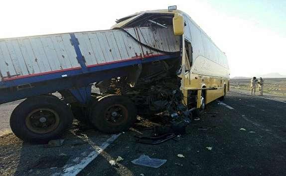 ۱۵ مصدوم در تصادف جاده مسجدسلیمان