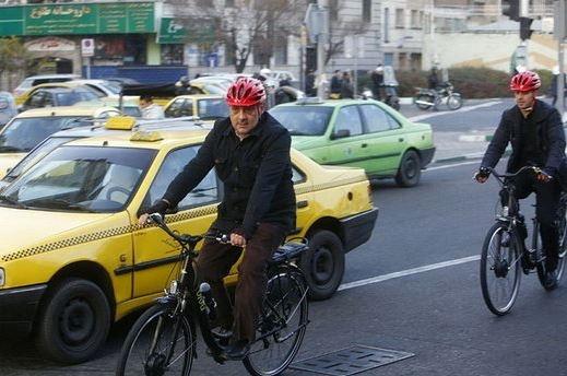 آلودگی هوا و انگشت اتهام شهردار تهران و دیگران به سمت مردم!