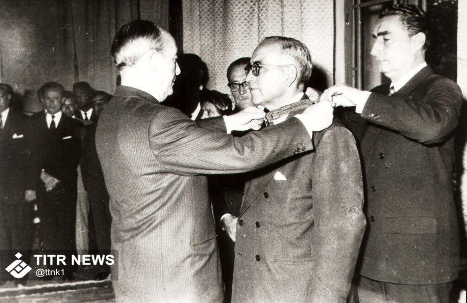 تصویر تاریخی از پروفسور حسابی