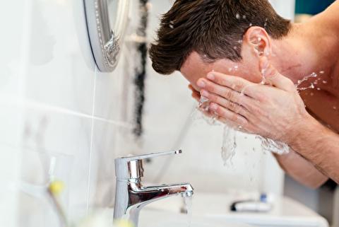 امور روتین شبانه مراقبت از پوست و مو