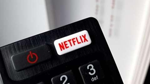 چگونه نتفلیکس تلویزیون کابلی را نابود میکند؟