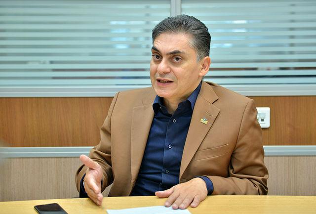 محمد لاهوتی + واردات کالاهای اولویت دار