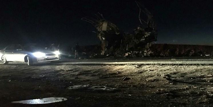 حمله تروریستی به اتوبوس پرسنل سپاه در سیستان و بلوچستان / دست کم 20 شهید