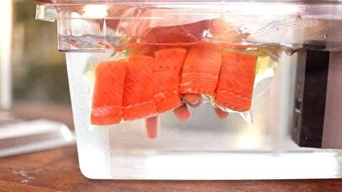 طرز تهیه ماهی سالمون کیسهپز شده