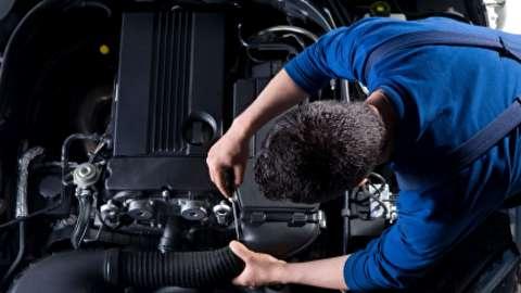 تست فشردگی داخل سیلندرها و بررسی ریپ زدن موتور