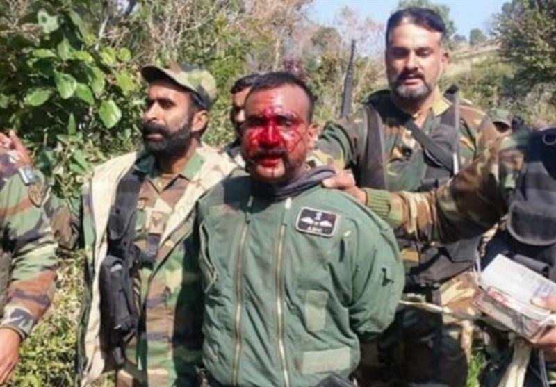 خلبان هندی اسیر پاکستان آزاد شد