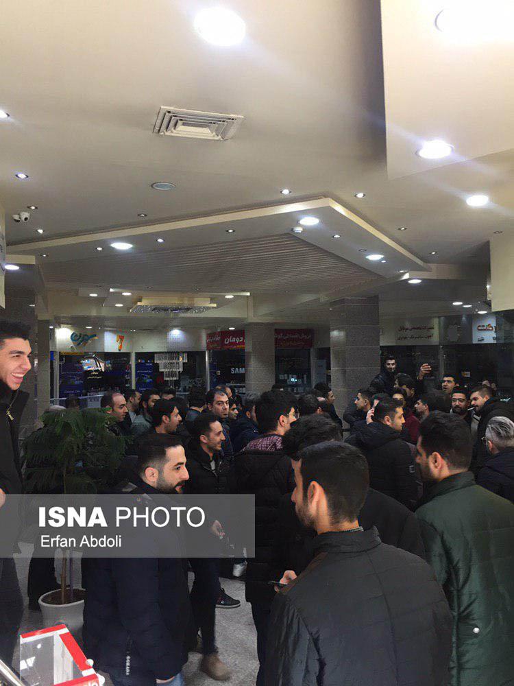 موبایل فروشان تبریز مغازههای خود را بستند