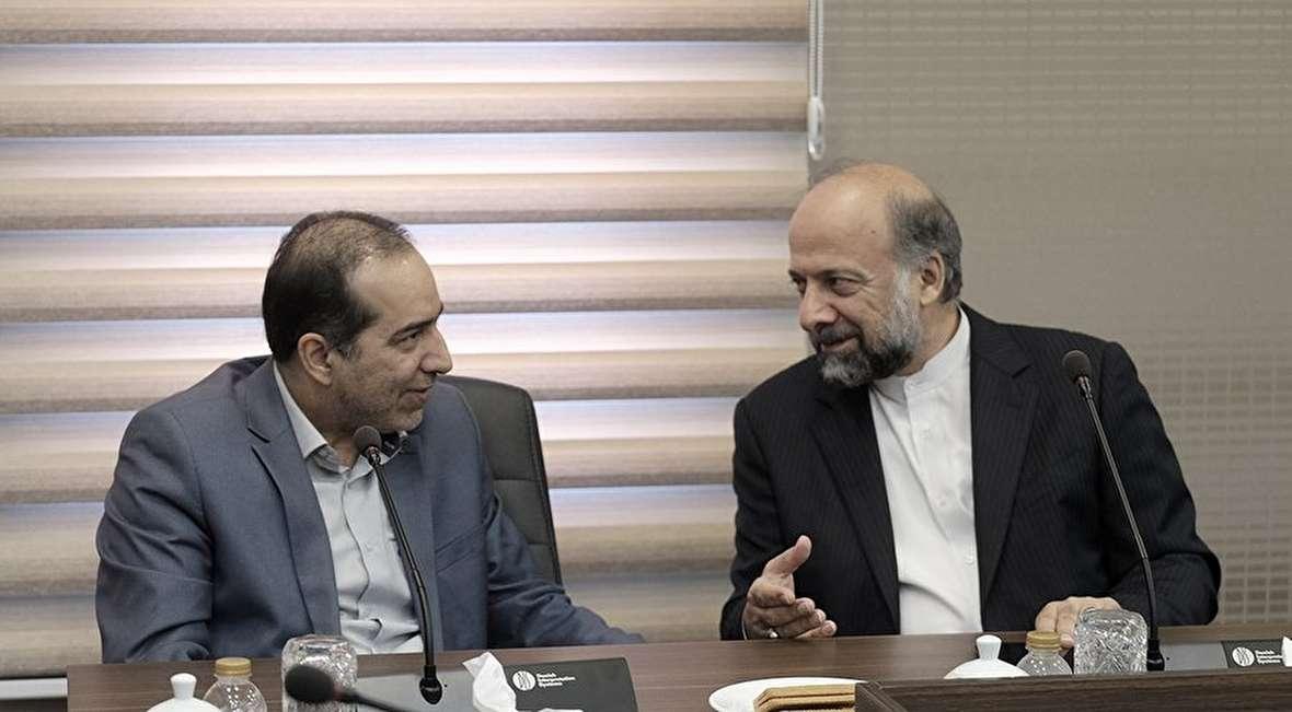 نشستهای مدیران سینما با رئیس سابق سازمان سینمایی در سازمان سینمایی!