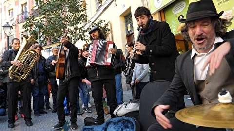 اجرای ادرلزی در خیابانهای مادرید