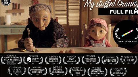 مادربزرگ عروسکی من؛ کارگردان: افی پاپا