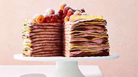 طرز تهیه کرپ کیک شکلات سفید و تمشک
