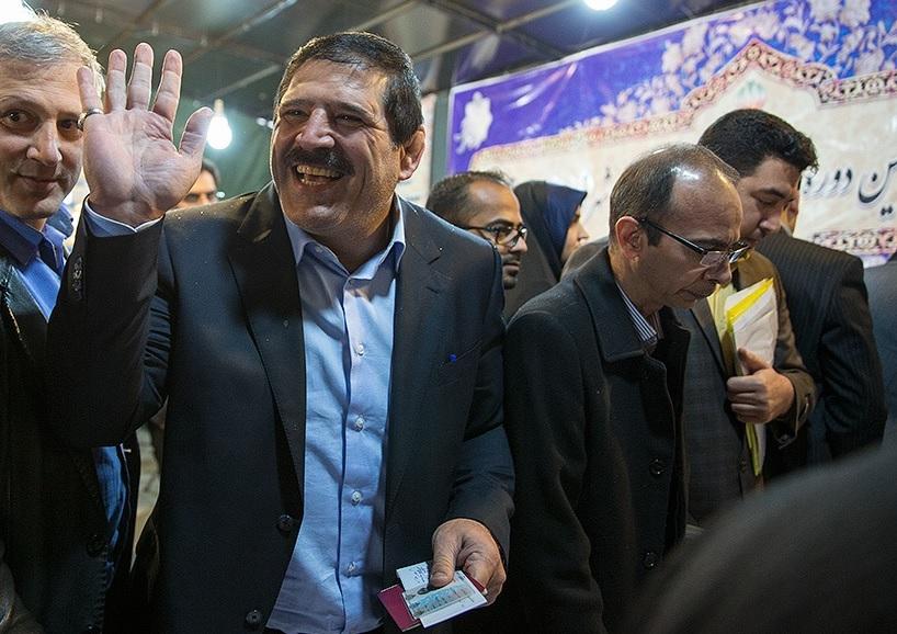 عباس بالاخره ثبت نام کرد: جدیدی کاندیدای شماره 20