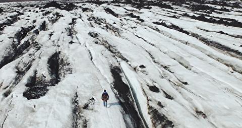 بر فراز یخچال طبیعی در قاب 4K