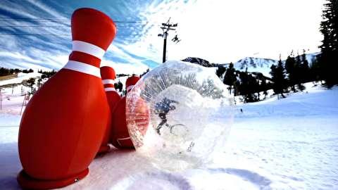 بولینگ انسانی روی برف!