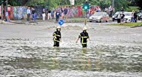 هرج و مرج در هامبورگ در پی باران شدید