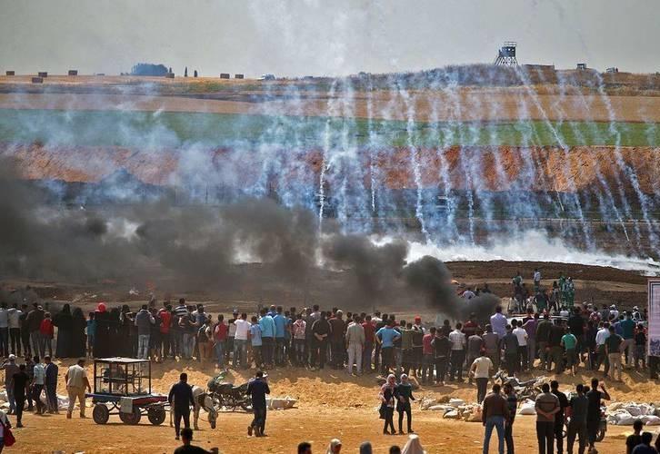 تظاهرات گسترده در غزه و سرزمین های اشغالی در آستانه انتقال سفارت آمریکا به قدس/کشته و زخمی شدن بیش از 500 نفر