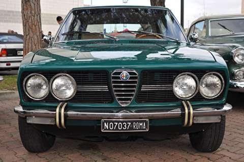 آلفا رومئو آلفتا ورده پینو مدل 1972