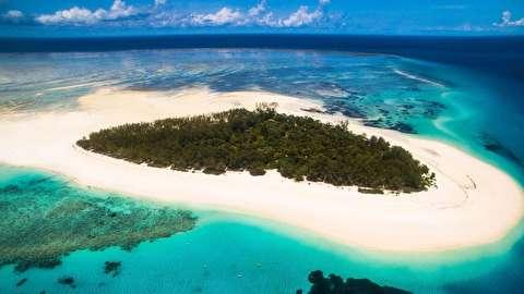 جزیره منمبا از نمای نزدیک