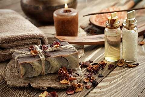 آموزش عطرسازی، فصل اول: آنالیز رایحه ای عطرها با بو کشیدن