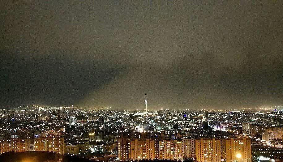 مصدومیت ۱۸ نفر در پی وقوع توفان در تهران
