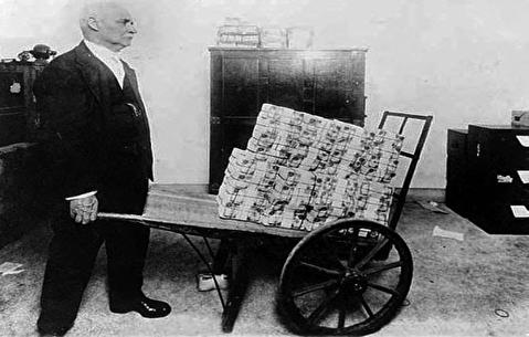 ابرتورم آلمان بین دو جنگ جهانی؛ معامله با سیگار!