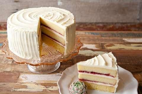 طرز تهیه کیک چهار لایه