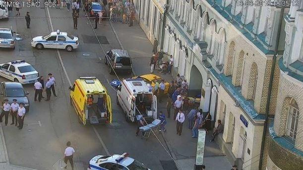زير گرفتن عابران پياده در مسکو با تاکسي