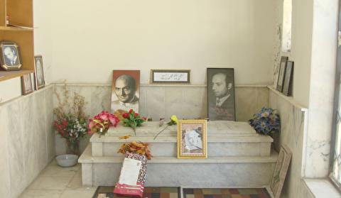 آرامگاه دکتر علی شریعتی در زینبیه دمشق