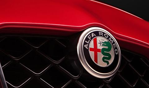 عشق به خودروهای آلفا رومئو