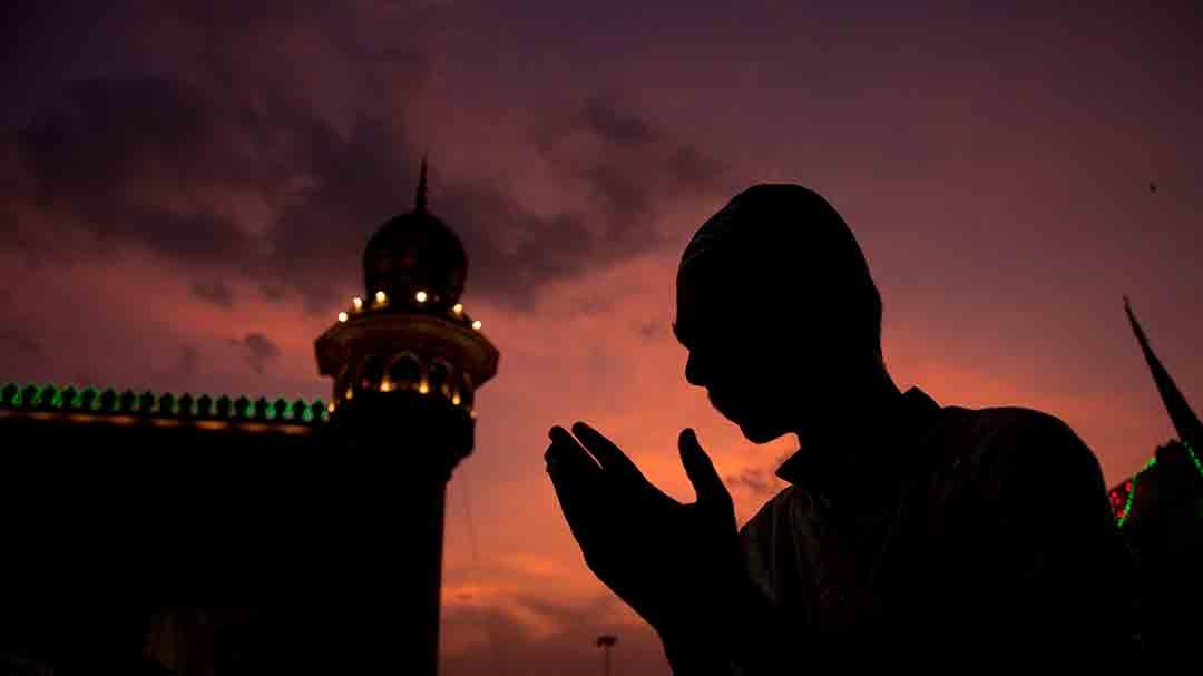 از جز سیزدهم قرآن تا خدا نور است با صدای یوسف اسلام
