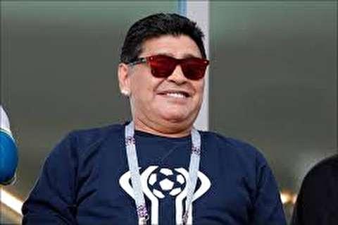 حرکات جالب مارادونا سوژه رسانهها شد
