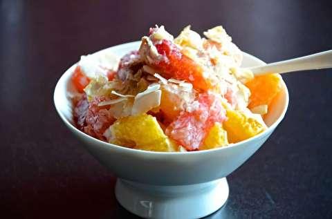 طرز تهیه  سالاد میوهای آمبروسیا