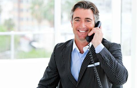 چطور مثل یک جنتلمن پاسخ تلفن را بدهیم؟