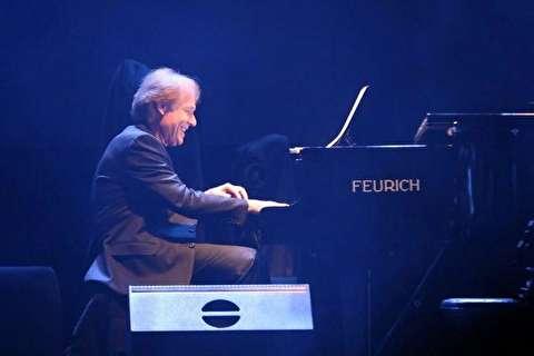 کلایدرمن در کنسرت تهران مردم را سوپرایز کرد