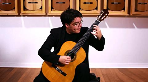 سوناتینای برکلی ؛ نیکولاس آکودو