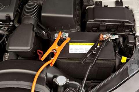 روش صحیح باتری به باتری کردن دو خودرو