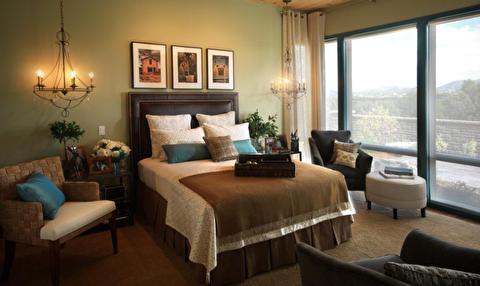 چگونه تخت را مثل هتل مرتب کنیم؟